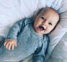 Pinterest↠ @ NASTJA Baby Love, Cute Babies, Little Babies, Little Ones, Cute Kids, Baby Kids, Ohana, Family Kids, Baby Family