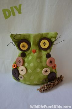 How to make an Owl Bean Bag *free template* - owl, turtle, and wombat