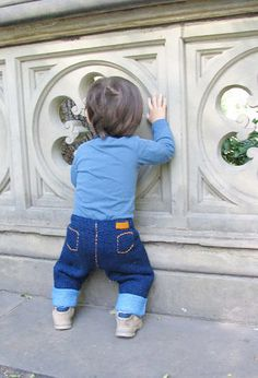 Free Knitting Pattern - Baby Knits: Blu Baby Jeans