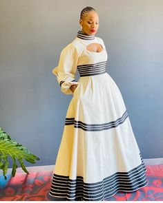 Thinking of what to wear to a wedding can be time-consuming and confusing, weddings are reasons to choose African Prom Dresses, Emo Dresses, African Dresses For Women, African Fashion Dresses, African Women, Ankara Fashion, Party Dresses, Short Dresses, Xhosa Attire