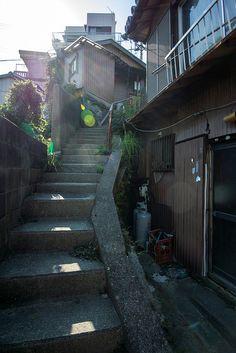 日本愛 Aesthetic Japan, City Aesthetic, Landscape Concept, Urban Landscape, Japan Street, Anime Scenery, Photo Reference, Pretty Pictures, Street Photography