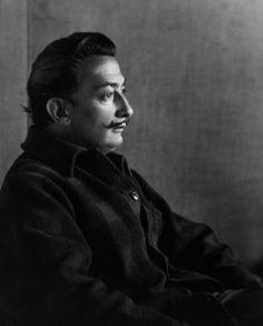 Johan Hagemeyer: Salvador Dali, Carmel, 1944