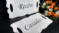 Placa para cadeira dos noivos Recem / Casados  Branca com perolas. R$ 110,00