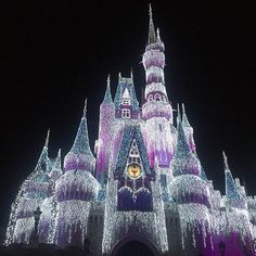 Cinderella's Castle dressed and twinkling for the holidays at @Disney's Magic Kingdom  @engagesummits #regram @ryandesignsri #magical #Disney #wedding #engage15 #jamieo