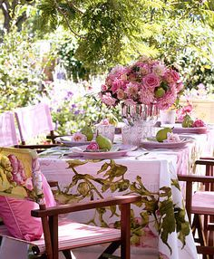 ... perfect for a spring garden party in pink with accents of green i like