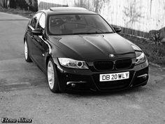 E90 simply black