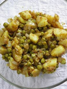 sio-smutki! Monika od kuchni: Samosy - indyjskie pierożki (pieczone) Potato Salad, Food And Drink, Potatoes, Ethnic Recipes, Potato