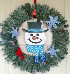 Christmas Wreath, Snowman Wreath, Winter door hanging, Winter Wreath, Holiday Wreath.  Green Wreath.
