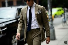 bold neutral // olive suit, green suit, menswear, mens style, pocket square,