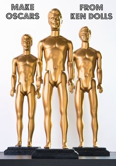Create DIY Oscars using Ken dolls - it& easy to make them with spray paint and wood plaques. Perfect for Oscar parties or photo booths! Barbie Y Ken, Ken Doll, Red Carpet Party, Oscar Night, Do It Yourself Inspiration, Hollywood Theme, Hollywood Bedroom, Movie Party, Party Party