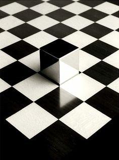 Cubist. Xk Xk #kellyweratsler #myvibemylife #mirror #reflection #inspo #art