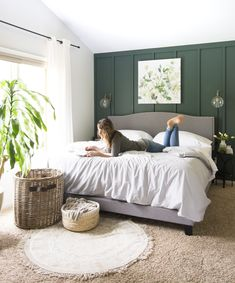 Ready to transform your home to the modern farmhouse interior design style? Here is my full home style guide with my best modern farmhouse decor sources. Green Master Bedroom, Home Bedroom, Bedroom Decor, Green And White Bedroom, White Walls, Green Accent Walls, Modern Farmhouse Interiors, Farmhouse Decor, Accent Wall Bedroom