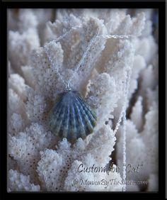 Rare Solid Blue Hawaiian Moonrise Sunrise Shell Necklace
