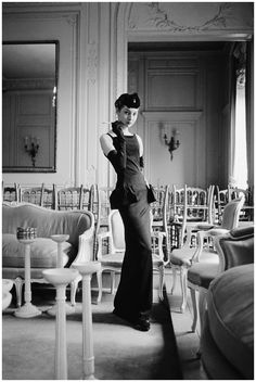 Renée Breton in Christian Dior Dress, H-line, photographed by Mark Shaw, 1954