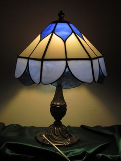 Stained Glass Heavenly Lamp