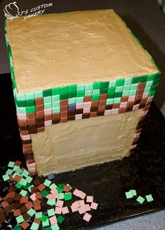 Minecraft Cake - how to make one! - For all your cake decorating supplies, visit craftcompany.co.uk