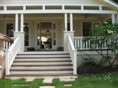 Stairs and balustrade! Front Stairs, Entry Stairs, House With Porch, House Front, Veranda Railing, Front Verandah, Front Porches, Porch Steps, Front Entrances