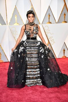 Janelle Mona in Elie Saab at The Oscars 2017/02/26. EPIC