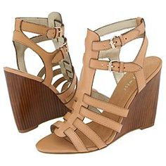 One of the few pairs of shoes I own in more than one colour - Nine West Heech, in both brown and black
