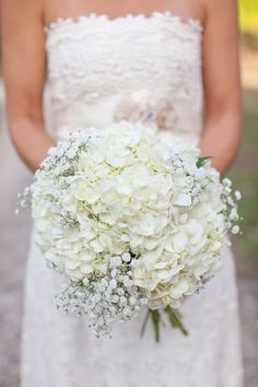 Baby's Breath and White Hydrangea Bouquet ~ Powder Blue ~ White Shabby Chic Wedding. We love this bouquet! All White Wedding, White Wedding Bouquets, Chic Wedding, Floral Wedding, Wedding Day, Trendy Wedding, White Bridal, Wedding Bouquets With Hydrangeas, Summer Wedding