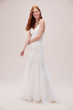 Cross-Back Chantilly Lace Mermaid Wedding Dress Affordable Bridal, Bridal Gowns, Wedding Dresses, Lace Mermaid Wedding Dress, Chantilly Lace, Boho Bride, Dress Making, Melbourne Wedding, Byron Bay