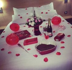 12 Unique Valentine's Day Date Ideas For You And Your Significant Other. Romantic Bedroom Ideas For Valentines Day Romantic Room Surprise, Romantic Birthday, Romantic Night, Romantic Dinners, Romantic Gifts, Romantic Ideas, Romantic Dates, Romantic Surprises For Him, Romantic Decorations