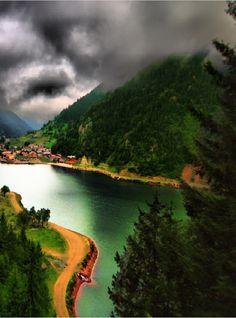Karadeniz'in Renklerini Keşfetmeye Hazır Mısınız? http://www.karadenizturlari.com.tr/ #karadenizturları #yeşil #mavi