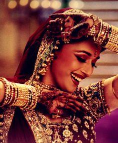 beautiful smile of Madhuri Dixit, one to die for! http://www.shaadiekhas.com/ #devdas