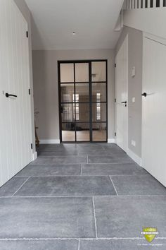 kitchen floor tile ideas - when it comes to kitchen layout, there is one area that's typically under-appreciated: the floor. Outdoor Flooring, Stone Flooring, Kitchen Flooring, Concrete Kitchen, Paint Colors For Living Room, Beautiful Kitchens, Home Deco, Kitchen Remodel, Tile Floor