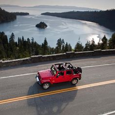 Open road, open top for Topless Tuesday! Only 39 more days until #gotoplessday2016 #jeep #toplessjeep #toplesstuesday #itsajeepthing #onlyinajeep #jeeplife #jeepers