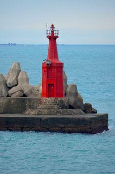 Breakwater Lighthouse | Neal's Lighthouse Blog: Keelung West Breakwater Lighthouse ...