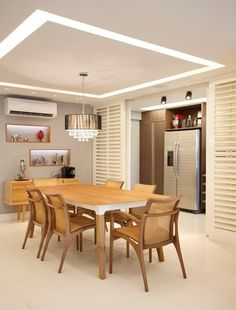 Kitchen behind sliders House Ceiling Design, Ceiling Design Living Room, Bedroom False Ceiling Design, Roof Design, Dining Room Design, House Design, Plafond Design, Small Home Offices, Dinner Room