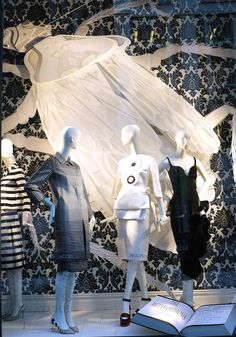 stylecurated: Style Snaps: Something Storylike at Bergdorf's 3