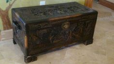 ANTIQUE 19C CHINESE CAMPHOR WOOD HAND CARVED BLANKET CHEST /TRUNK BOX