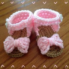 Crochet Baby Bow Sandals