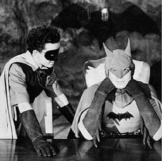 "batman movie serial starring Lewis Wilson.  ""from the collection from Mr. José Simões Filho, FACEBOOK"""