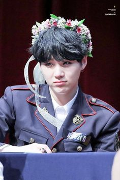 Yoongi in a flower crown and pout 🌸 Agust D not found Suga Suga, Min Yoongi Bts, Bts Bangtan Boy, Bts Aegyo, Seokjin, Namjoon, Taehyung, Daegu, Jung So Min