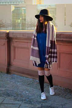 As the weather gets colder, it's all about finding perfect chunky sweaters and winter coats spending the savings made for future. Or be tricky and casually add layers that can easily be removed if you heat up.   #fun of layrin