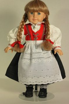 not my fav doll but I love the dress- outfit on Kirsten. American Doll Clothes, Girl Doll Clothes, Girl Dolls, Easy Sewing Patterns, Doll Clothes Patterns, Doll Patterns, Ava Doll, Folk Clothing, Doll Costume