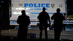 Minority police officers sue NYPD over illegal arrest quotas http://sumo.ly/8aWn  © Carlo Allegri