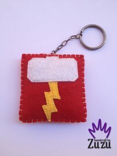 - Thor - Mjolnir - İsteğe göre her renk yapılır! Can make any color by request! (7cmx6.5cm)