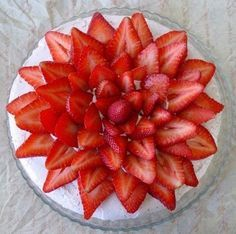 Recipe: Spring Celebration Cake with Strawberry Cream Cheese Meringue Buttercream - Lick the Bowl Good Just Desserts, Delicious Desserts, Yummy Food, Dessert Healthy, Cupcakes, Cupcake Cakes, Cake Recipes, Dessert Recipes, Strawberry Recipes