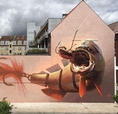 'Big Catch' Stunning Street Art by Wes21 & Onur in Aalborg, Denmark