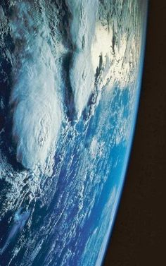 Nuestro Planeta Azul - Google+ What a view !!!