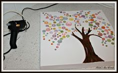Mums the Word: Decorating a Girls Room~Easy Button Tree Canvas DIY