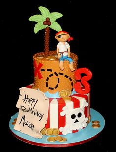 Pirate cake by its-a-piece-of-cake, via Flickr