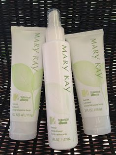 Confessions of a Beauty Addict: Review: Mary Kay Botanical Effects Cleanse,Tone,Hydrate. --This is my favorite skin care routine!