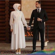 Arabic Wedding Dresses, Muslim Wedding Dresses, Wedding Bridesmaid Dresses, Muslim Brides, Muslim Girls, Muslim Couples, Dress Wedding, Hijabi Wedding, Muslimah Wedding Dress