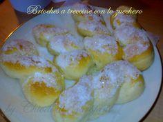 Brioches a treccine con lo zucchero http://blog.giallozafferano.it/chiodidigarofano/brioches-treccine-zucchero/