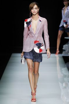 Giorgio Armani Spring 2016 Ready-to-Wear Collection